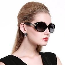 Duco Women's Classic Oversized Polarized Sunglasses